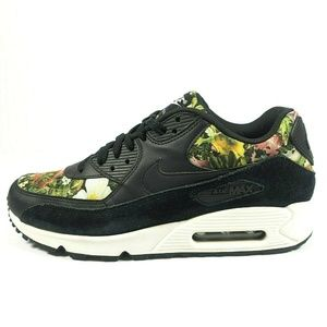 Nike Air Max 90 SE Floral Running Shoes